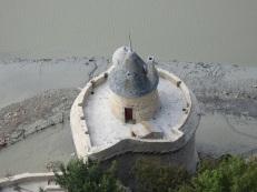 修道院の周辺各所にある塔